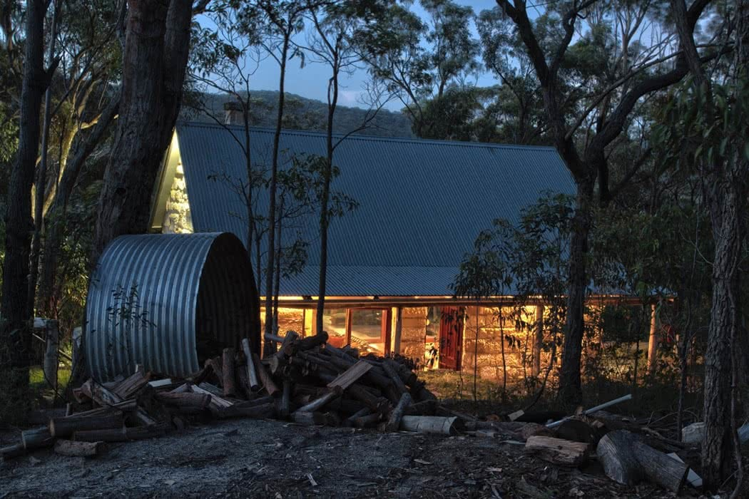 How To Plan the Perfect Cabin Escape In NSW, Henry Brydon, Dream Cabin Wollemi, cosy, dusk, accommodation