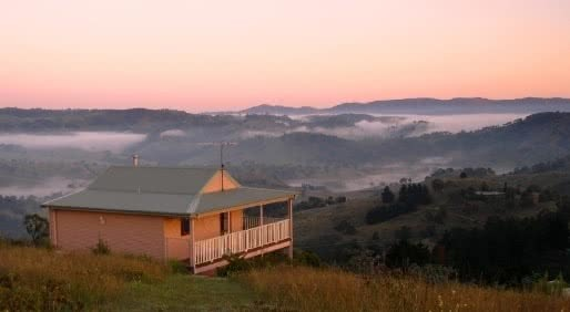 How To Plan the Perfect Cabin Escape In NSW, Henry Brydon, The Peak at Mount Kanimbla, hut, house, accommodation, mountains, view