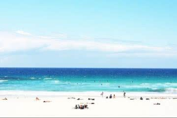 Best Beach Escapes from Melbourne Henry Brydon, photo Casey Trebilcock, beach, turquoise, waves, water, people, sand, blue