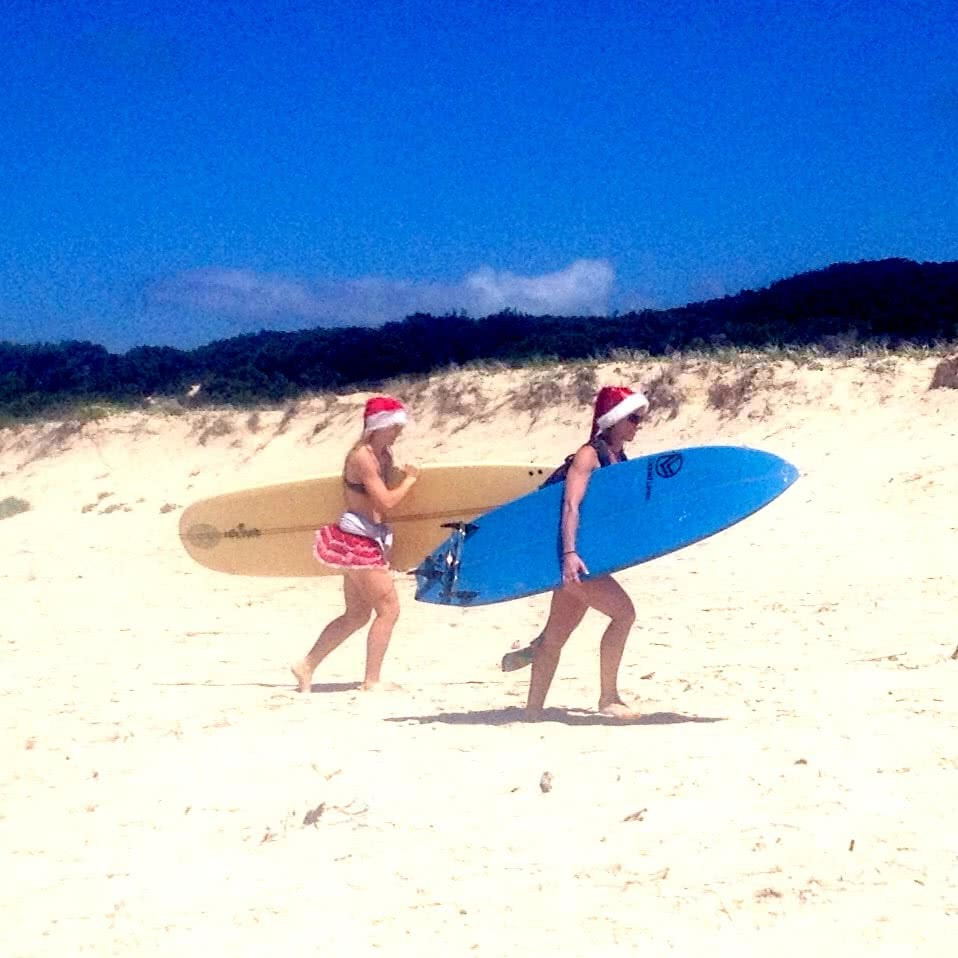 Searching for Alternative Australia // Part 1 Serena Renner, surfers in santa hats, dunes, Treachery