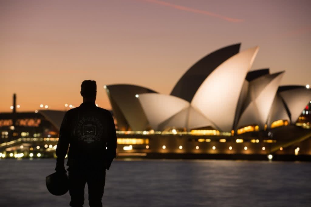 An Urban Adventure // Sydney (NSW) Henry Brydon, Photo Daniel Bolt, city lights, sydney opera house, skyline, night, silhouette