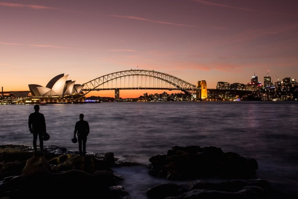 An Urban Adventure // Sydney (NSW) Henry Brydon, Photo Daniel Bolt, city lights, sydney opera house, harbour bridge, skyline, sunset, silhouette