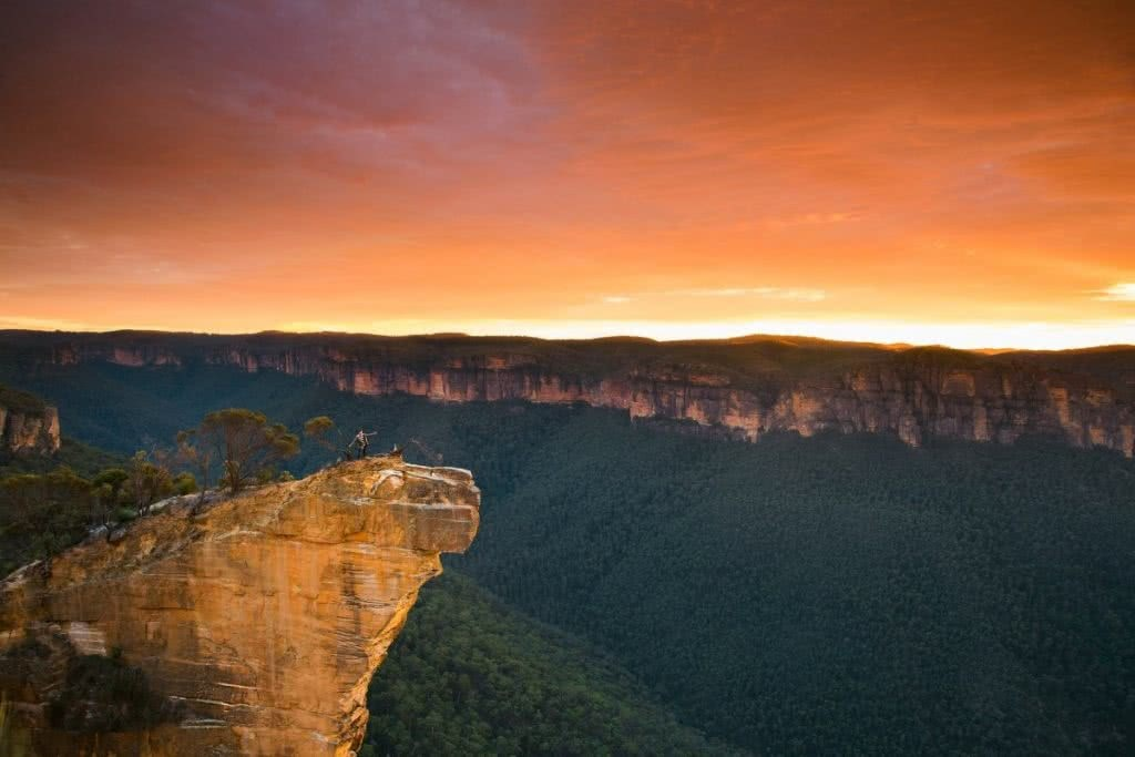 Baltzer Lookout & Hanging Rock // Blackheath (NSW) Daniel Mulder, lookout, escarpment, horizon, sunrise, valley, trees