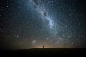 Sand Dunes & Stars At Hungry Gate (NSW), Liam Hardy, Hat Head, astrophotography, milky way, galaxy, person, silhouette, light