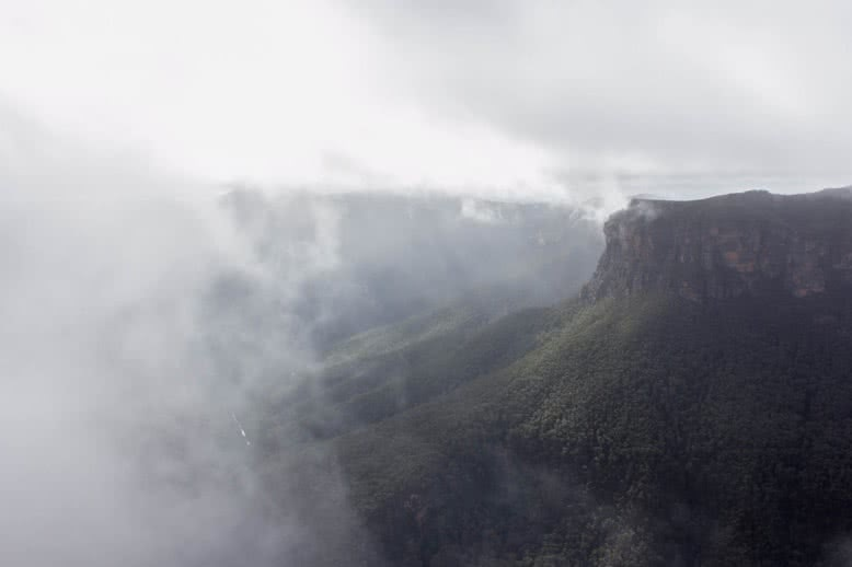 The Misty Mountains of Blackheath // Evans Lookout to Pulpit Rock (NSW) Lachy JF mist mountain valley
