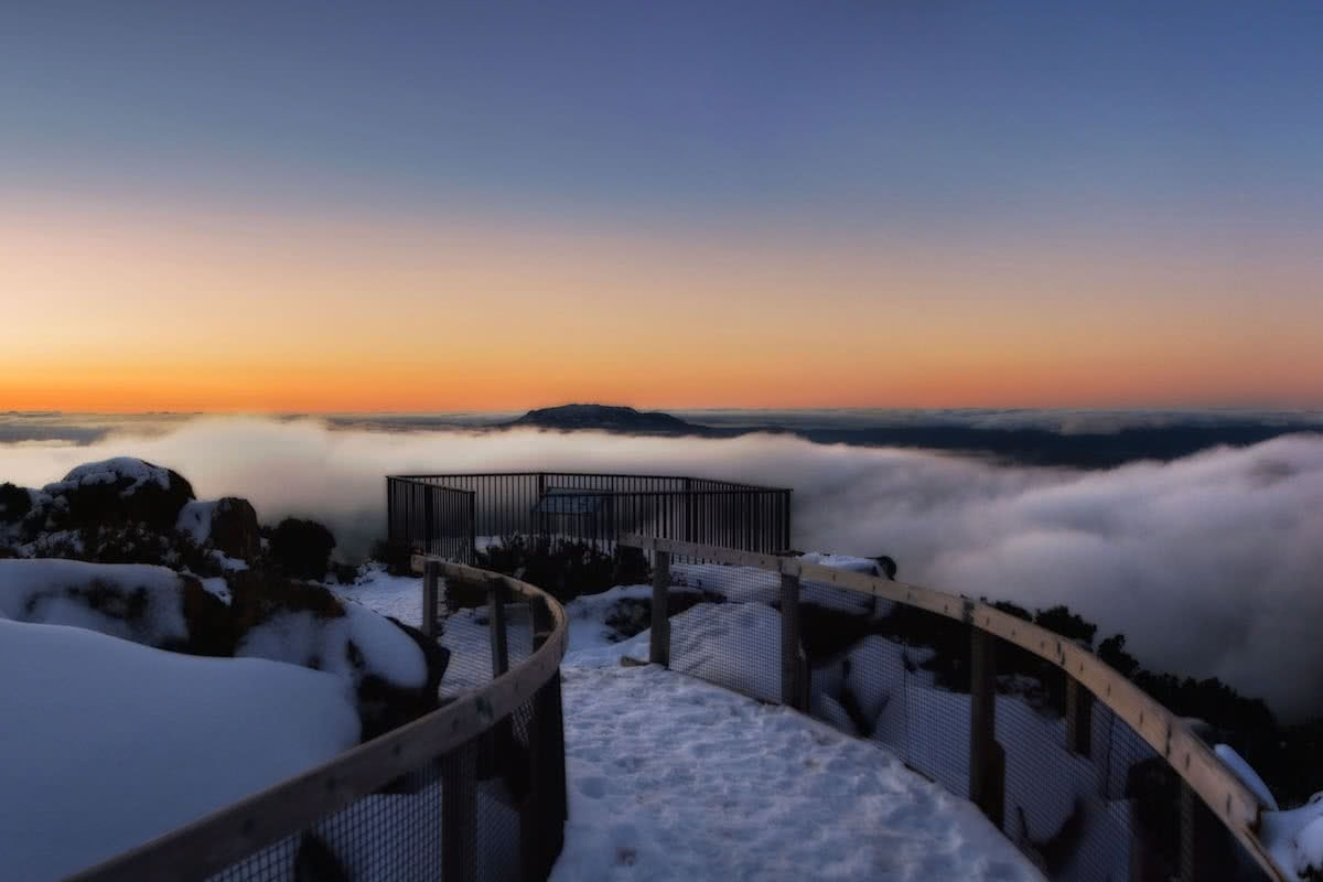 Fun In The Snow On Ben Lomond (TAS), Jonathon Rose, Jacobs Ladder Lookout, snow, clouds, sunset