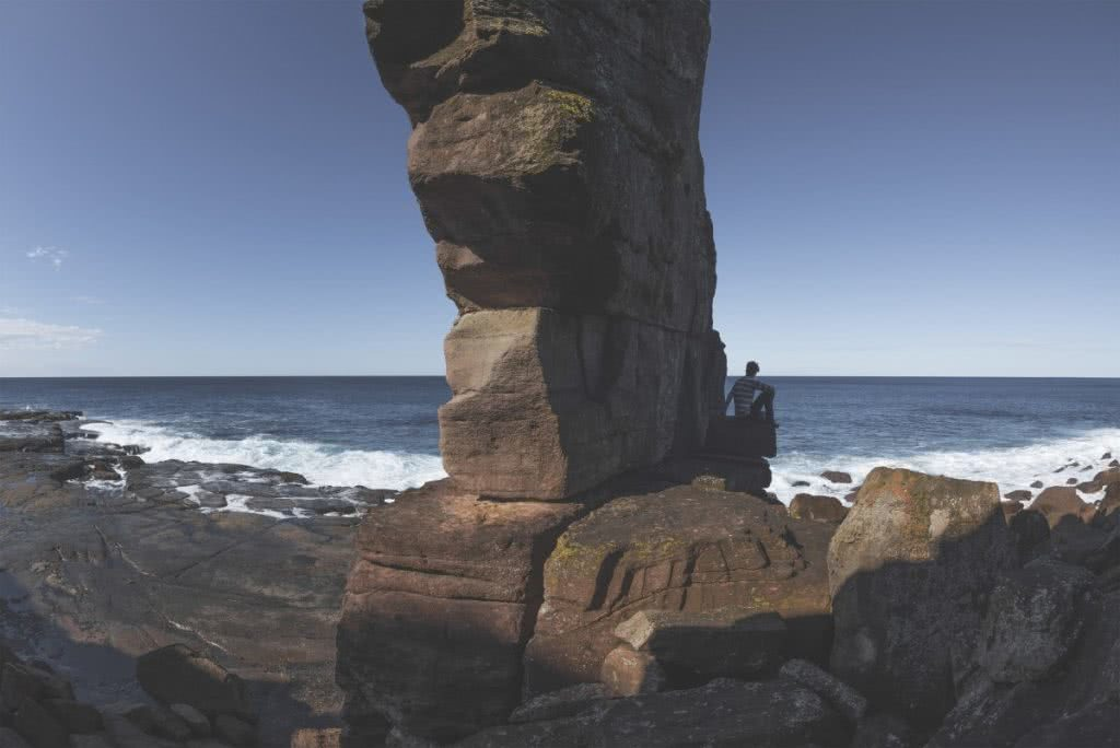 Secrets Of The South Coast (NSW) Michael Harris cliffs rock platform stack