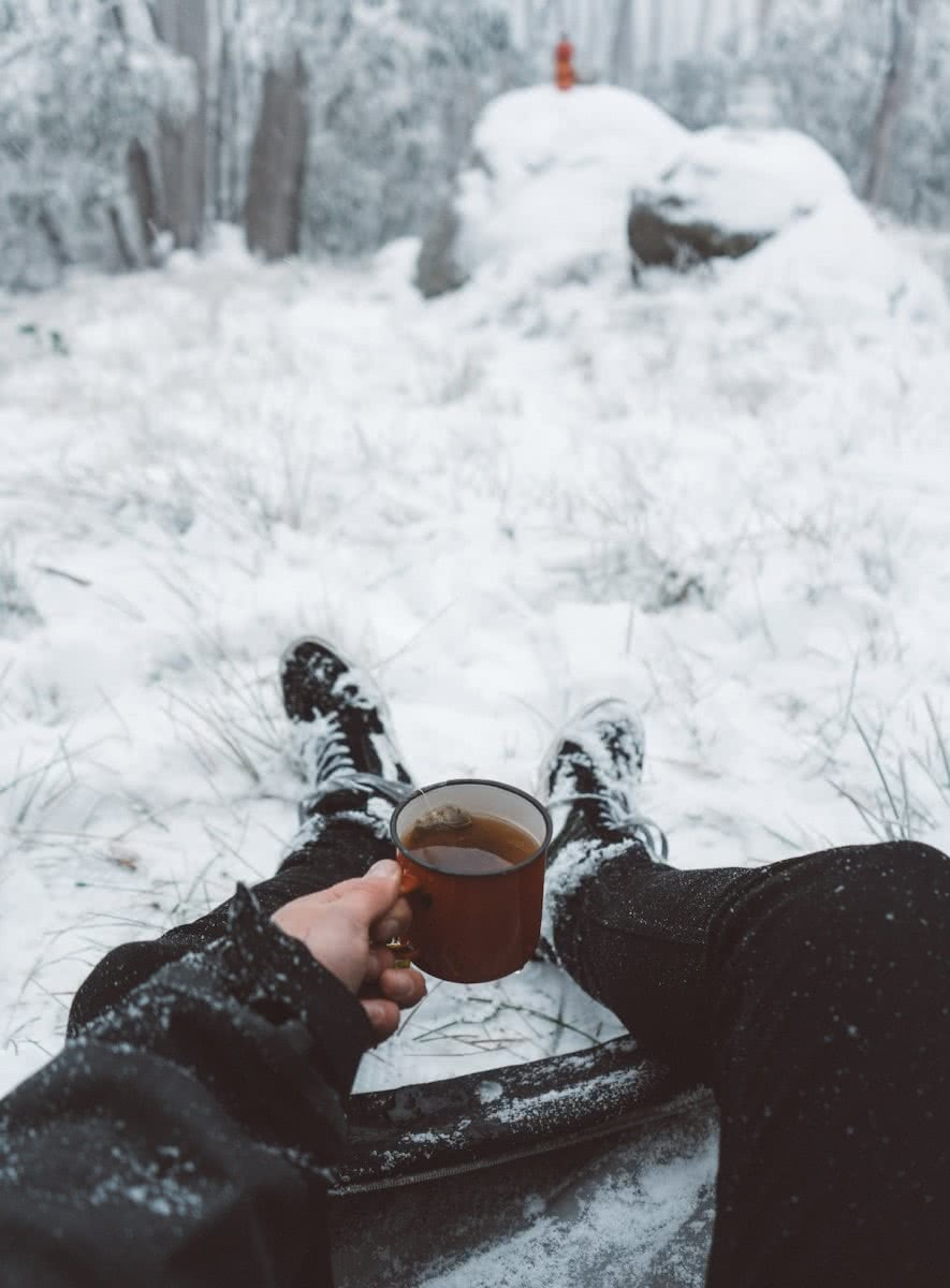 Ain Raadik Lake Mountain Victoria Snow snowing winter coffee tea