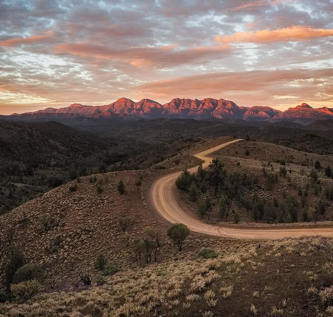 Brian Hatchard razorback lookout sunrise sunset riding bunyeroo rd flinders ranges hero south australia sa