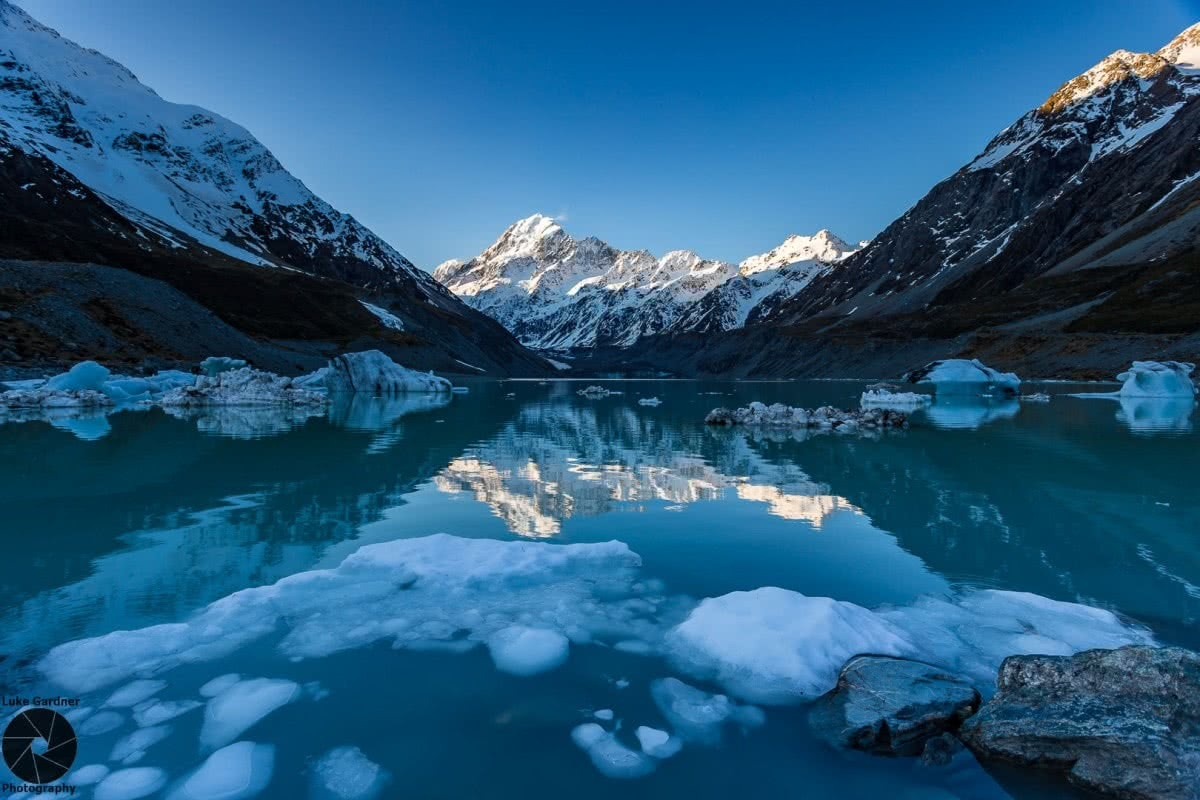 Luke Gardner Hooker Valley Track New Zealand glacial lake mountains snow