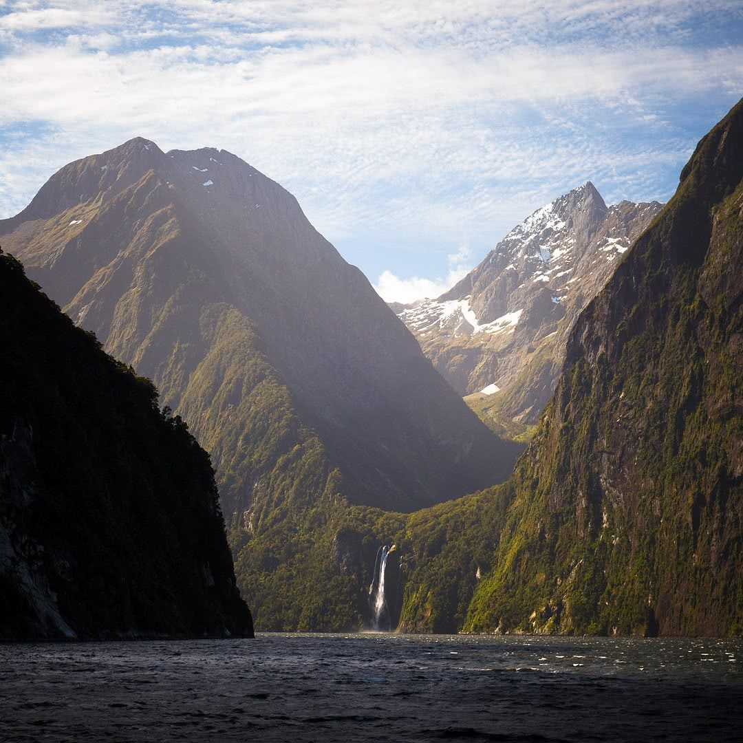 Milford Sound By Land And By Sea // Te Anau to Milford Sound (NZ) Liam Hardy, mountains, waterfall, fiord