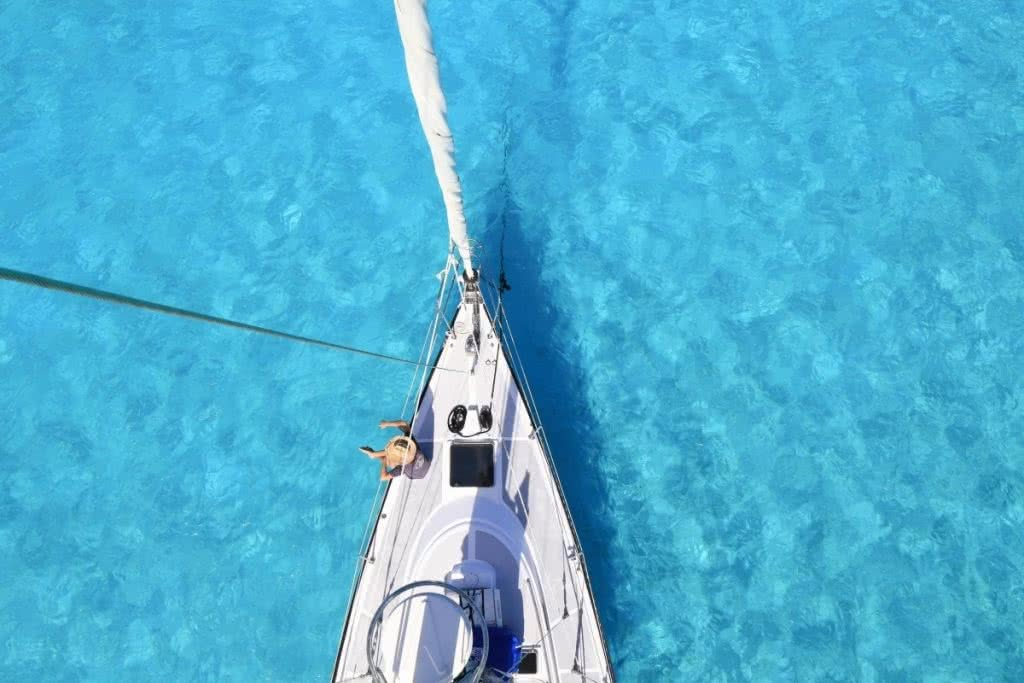 5 Lessons I Learnt from Sailing the Pacific Sailing the Pacific, Bora Bora - Lily Barlow