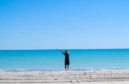 80 mile beach, zoe vaughan, WA, indian ocean, western australia, fishing, hero