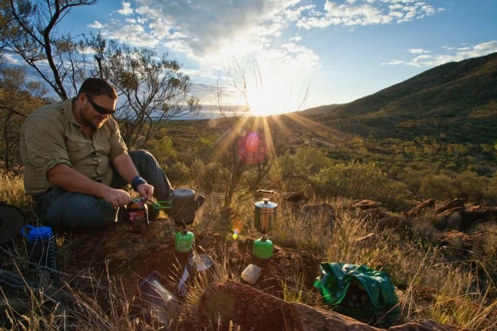 Eat Like A Backcountry King, Joel Johnsson, hiking food, lightweight, cooking, gas stove, sunrise, sun flare