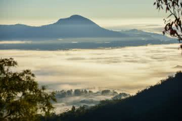 Double Trouble // Mt May and Upper Portals (QLD) Lisa Owen Mt May hiking queensland qld scenic rim mountain view fog mist