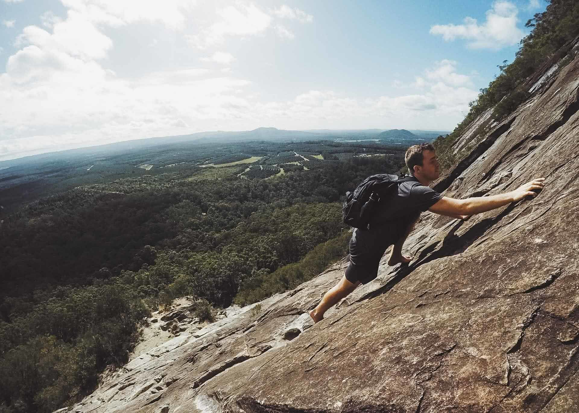 Climbing and Caving at Mount Beerwah - Glass House Mountains (QLD), Shot by @hindles_, Rock scramblig