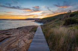 Matt Horspool, Bouddi Coastal Walk, Bouddi National Park, sunset, hiking track, hero, boardwalk