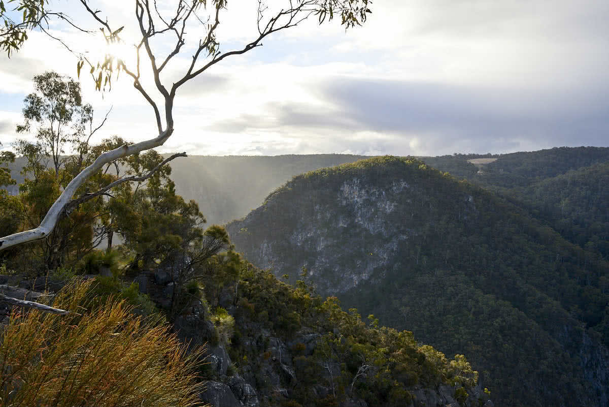 A Gorgeous adventure Bungonia Gorge NSW Neil and Gabby Massey, mountains, view, horizon