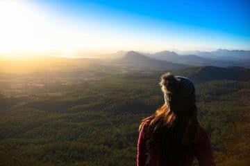 Sunrise Minus The Crowds // Mt Cordeaux (QLD) Lisa Owen Sunrise_Portraitshot, wooly bobble hat, view, woman. lookout