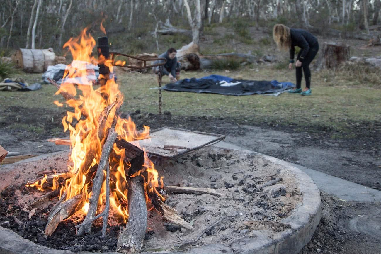 A Doable 4WD Day // Deua NP (NSW) Rachel Dimond, campfire, flames, setting up camp, tent