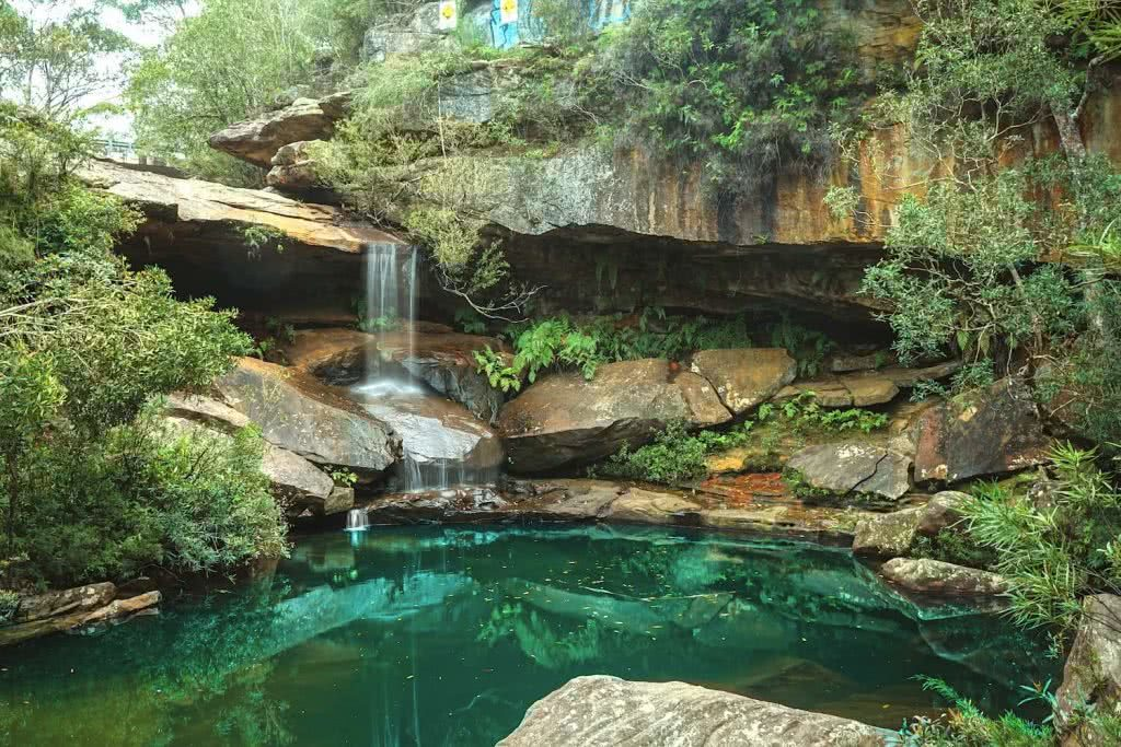 jeremy lam, upper gledhill falls, northern beaches, north shore, sydney, nsw, waterfall, wild swimming