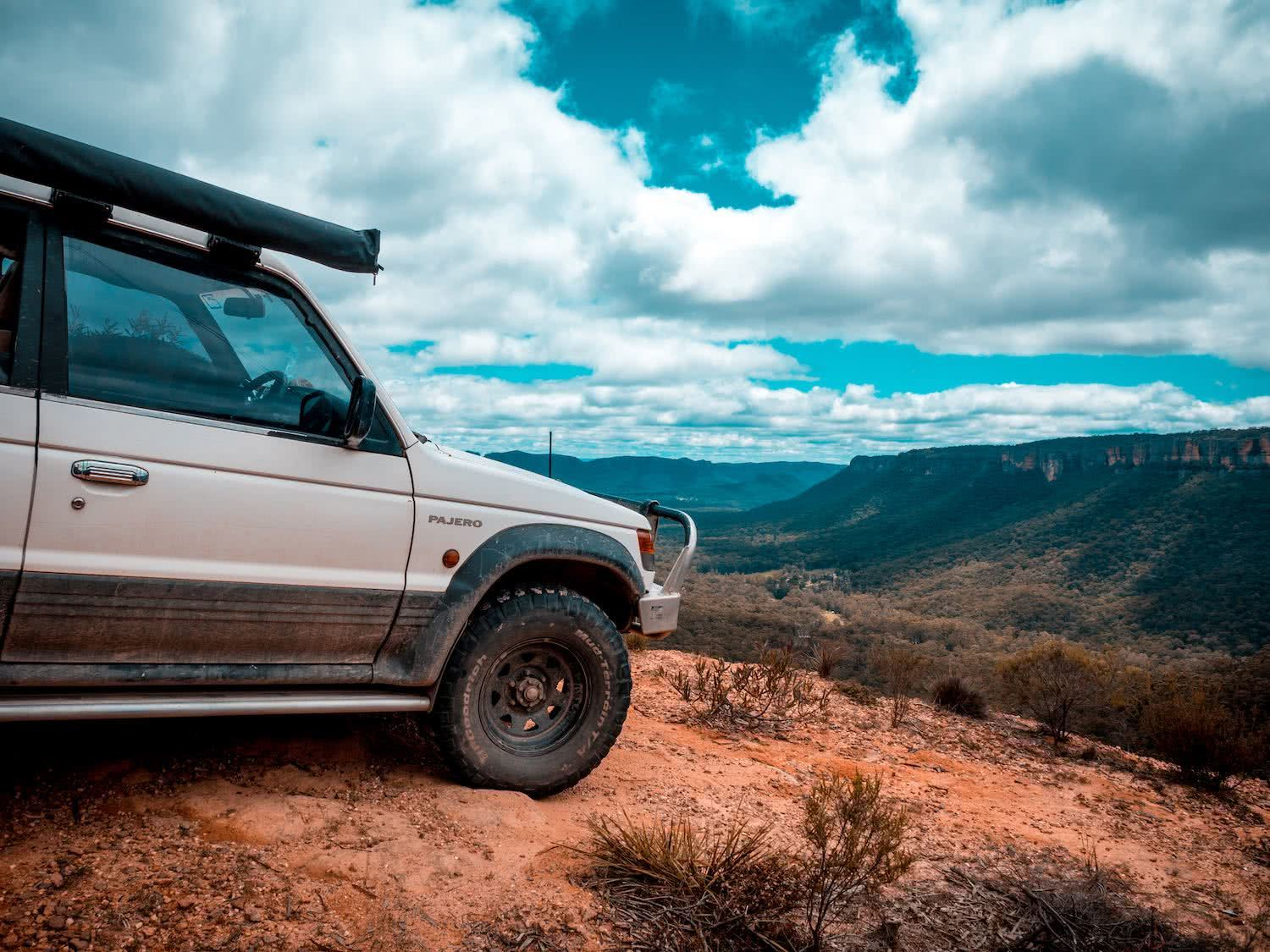 Luke mallinson, pajero, car, wolgan valley, 4wd, view, valley, blue mountains, how to prepare your car for a summer road trip