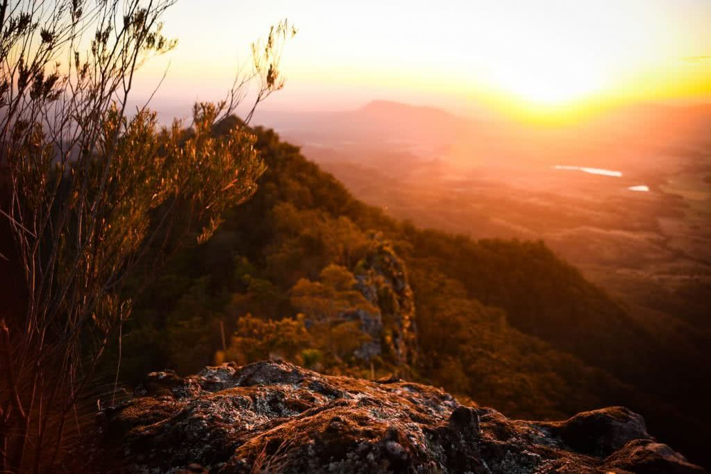 Does Your Loungeroom Have A View Like This? // Main Range NP (QLD) Lisa Owen, Sunrise, Rock, red, orange