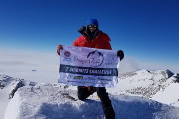 steve plain, vinson summit, antarctica, project 7in4, mountaineer