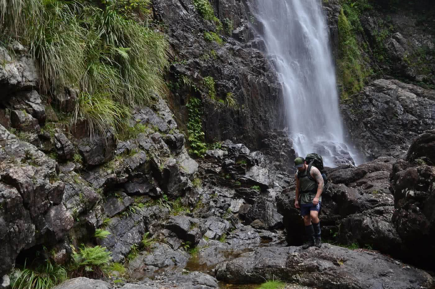 Dan Parkes, bushies untamed, osprey aether 60ag, gear review, main range national park, new england highlands, backpack, queensland, waterfall