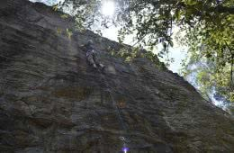 Aidan howes, dam cliffs, tim ashelford climbing, beginner climbing, blue mountains, nsw