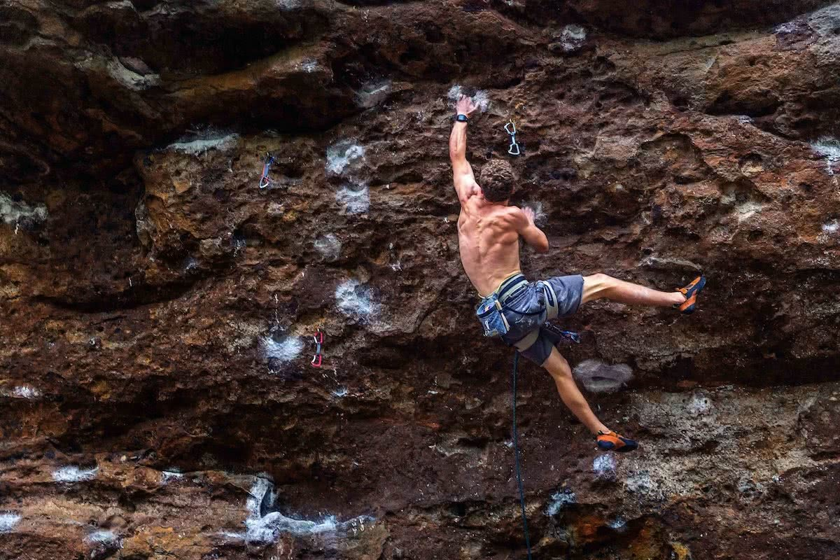 michael evans, lead climber, types of rock climbing, shirtless