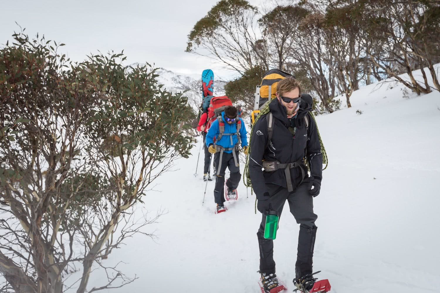 nathan mcneil, ice climbing, blue lake, south rams head, snowshoeing, ice climbing, Kosciuszko national park