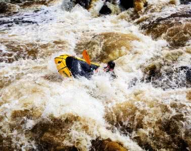 daniel bos, packrafting the colo river, blue mountains, nsw, rapids, packraft