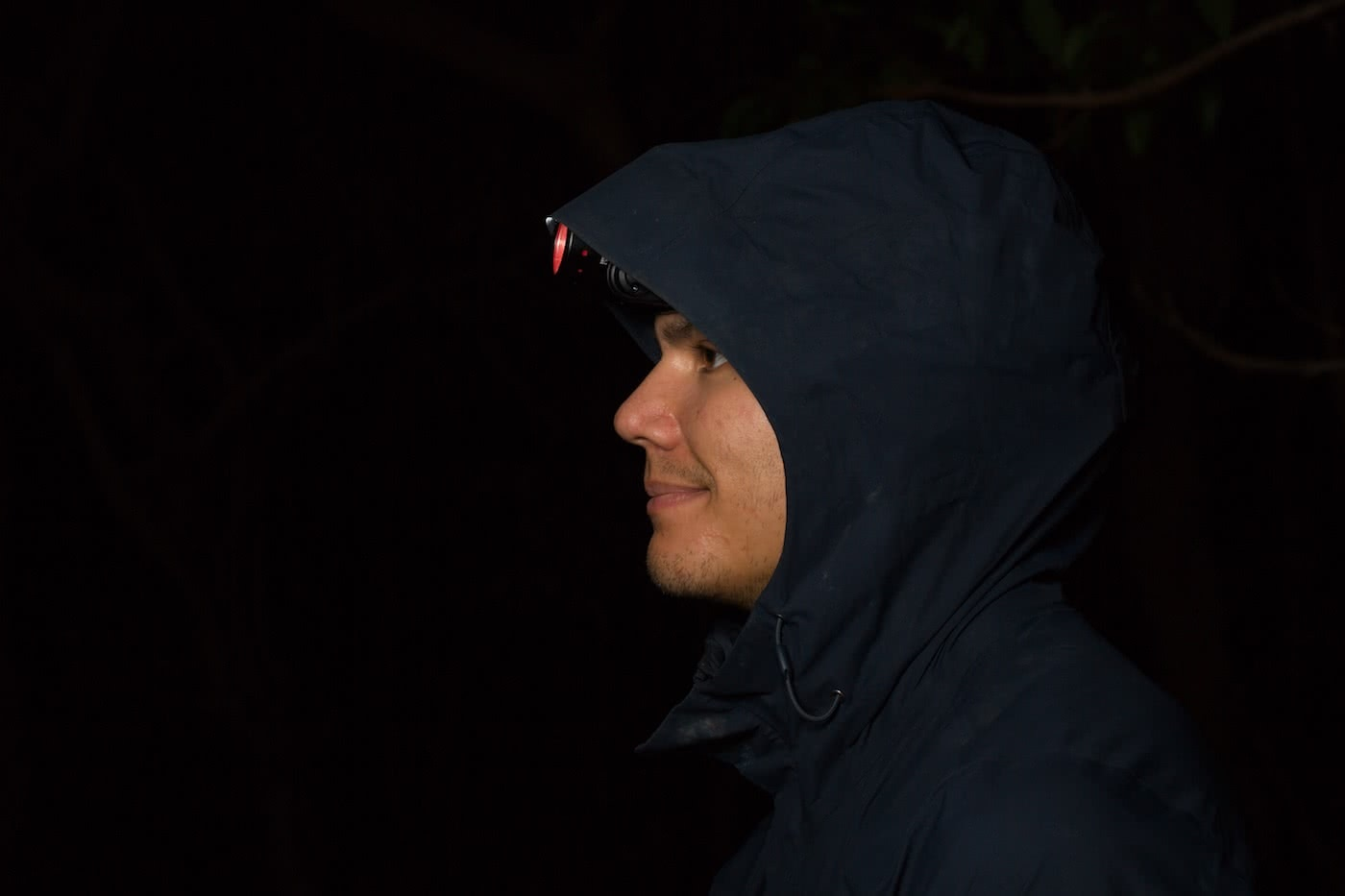 The North Face Dryzzle Jacket // Gear Review, Jannico Kelk, headtorch, dry, hood,, profile, black, dark, night