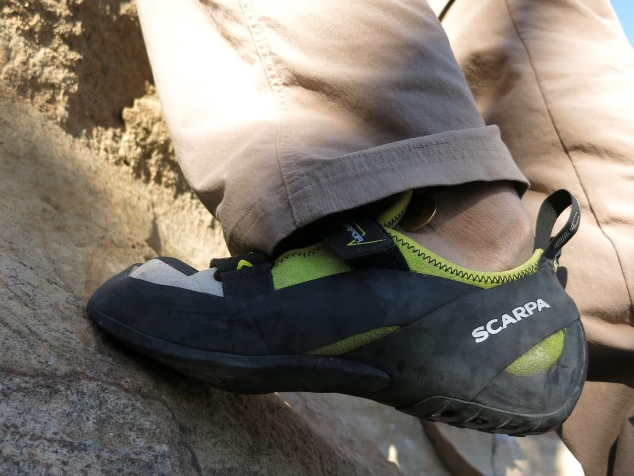 Marty Wolczyk, sweet-dreams-bardens lookout, rock climbing, blue mountains, nsw, gear review, scarpa vapor V