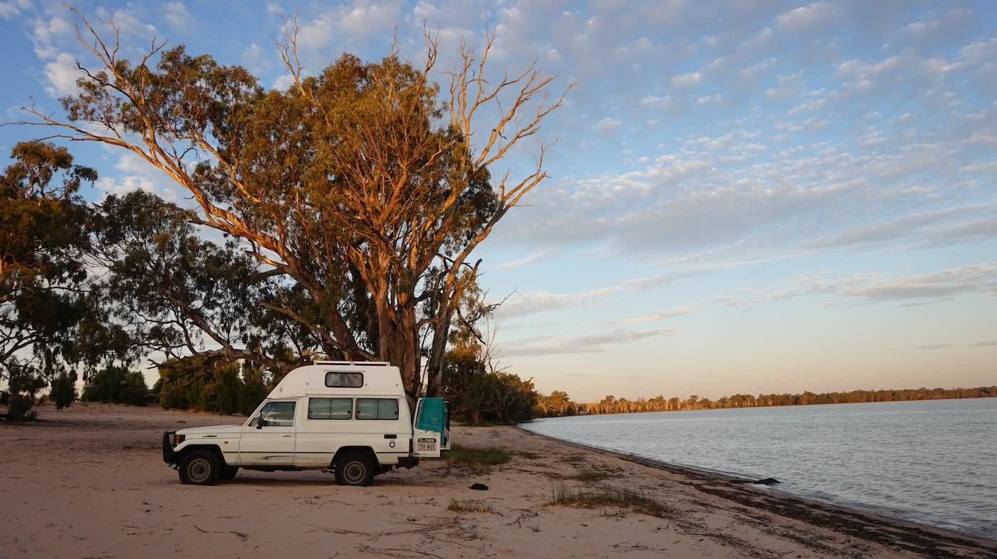 Troopy Travels // Chasing Sunsets From Byron Bay To The Ningaloo Reef, Alice Forrest, Lake Benanee, SA, camping, van life, beach, view, tree