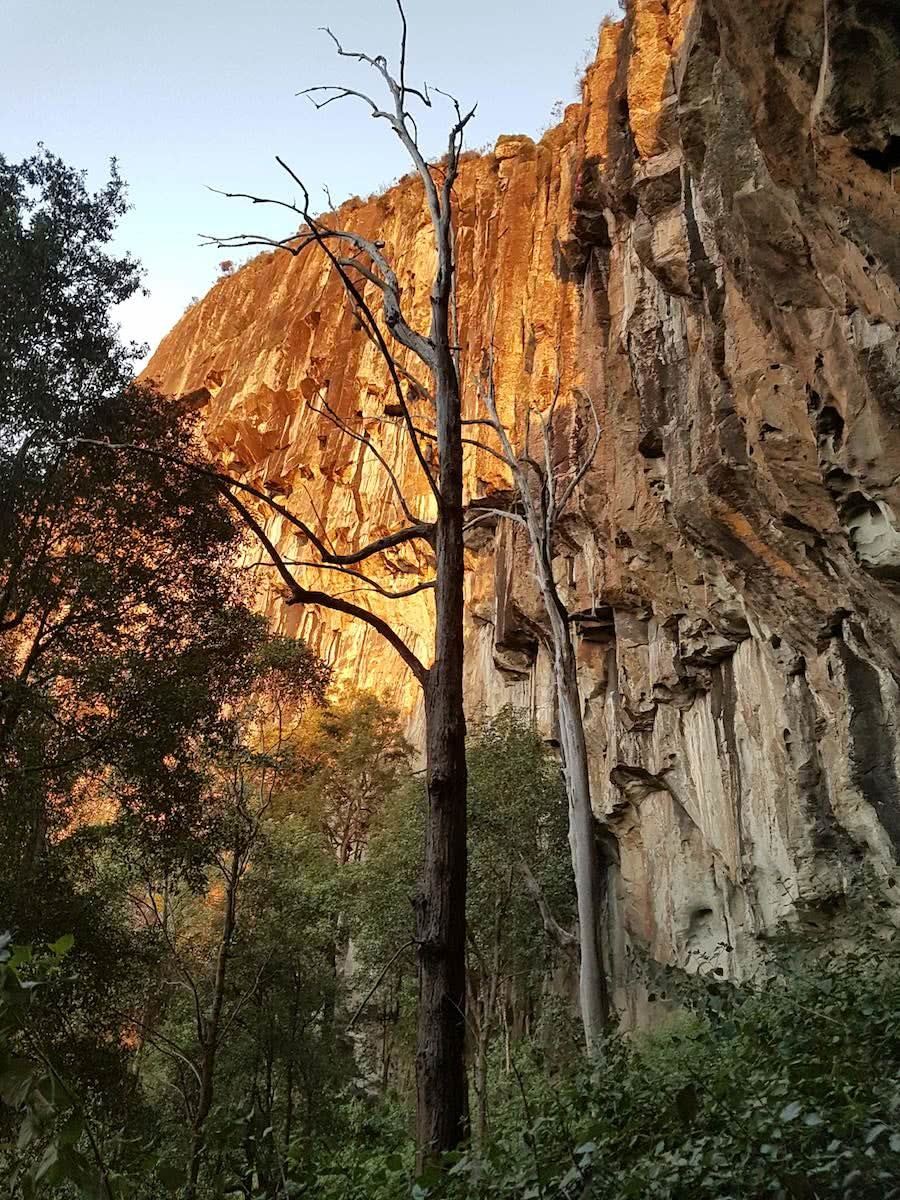 The 7 Peaks Challenge // Glass House Mountains, Nabari Yoite, South East Queensland, University of Queensland Mountain Club, climbing, sunset, cliff
