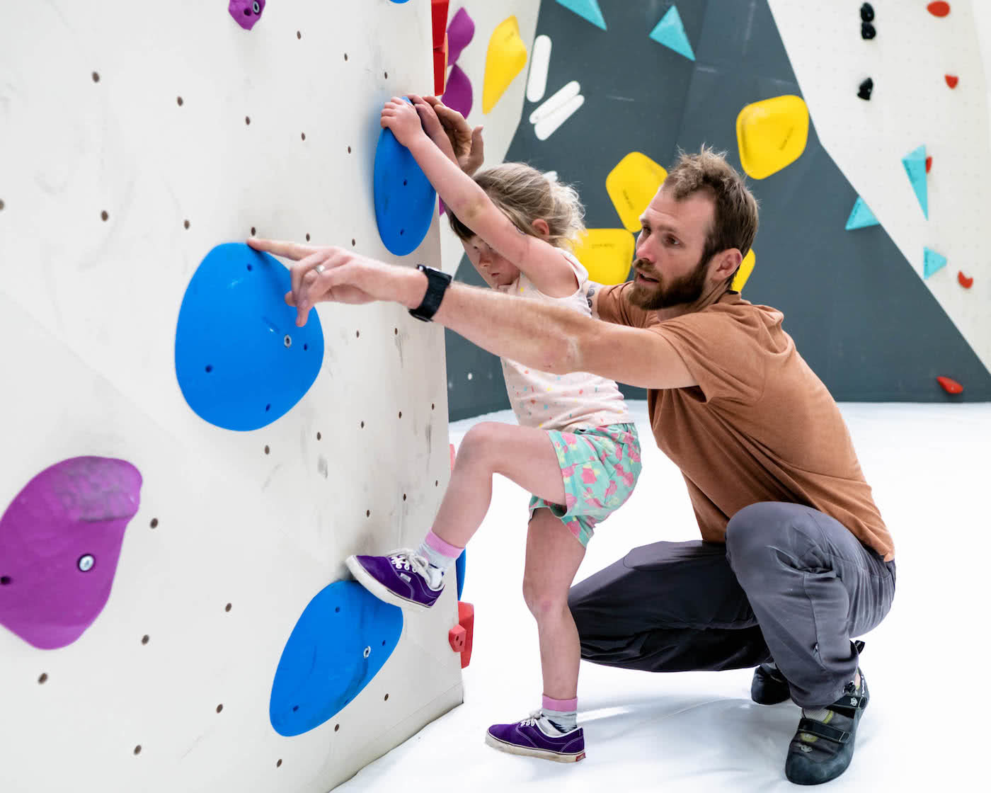 Bloc Haus Family Bouldering Canberra, Mattie Gould, photo by BlocHaus, kid climbing indoor