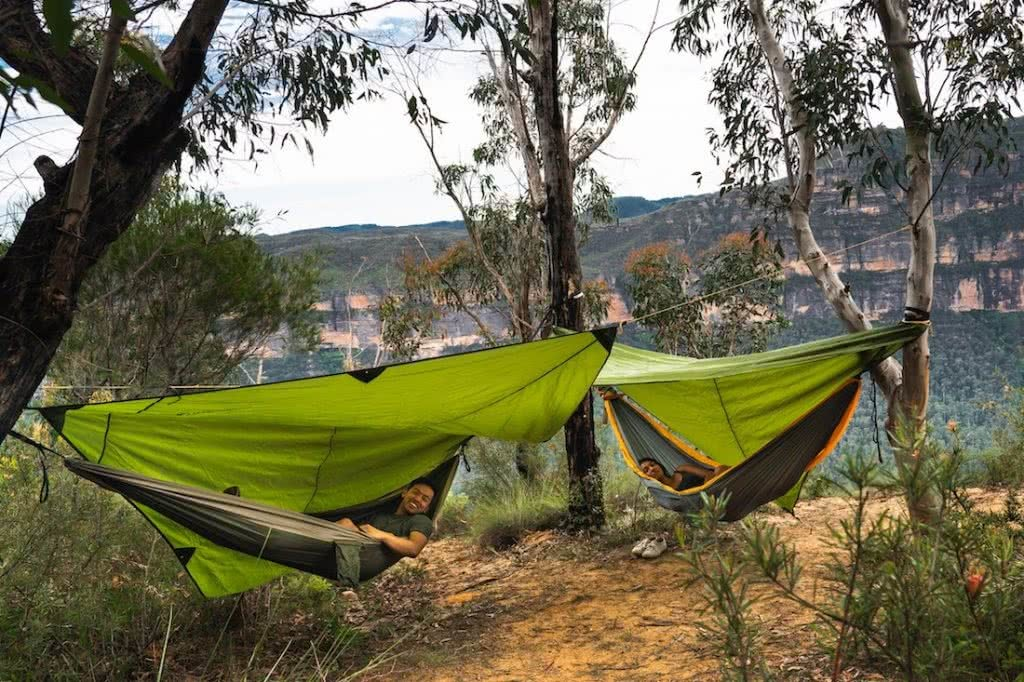 How To Camp In A Hammock, jeremy lam, ticket to the moon, climbing anchors, sleep in a hammock, blue mountains, nsw, two hammocks