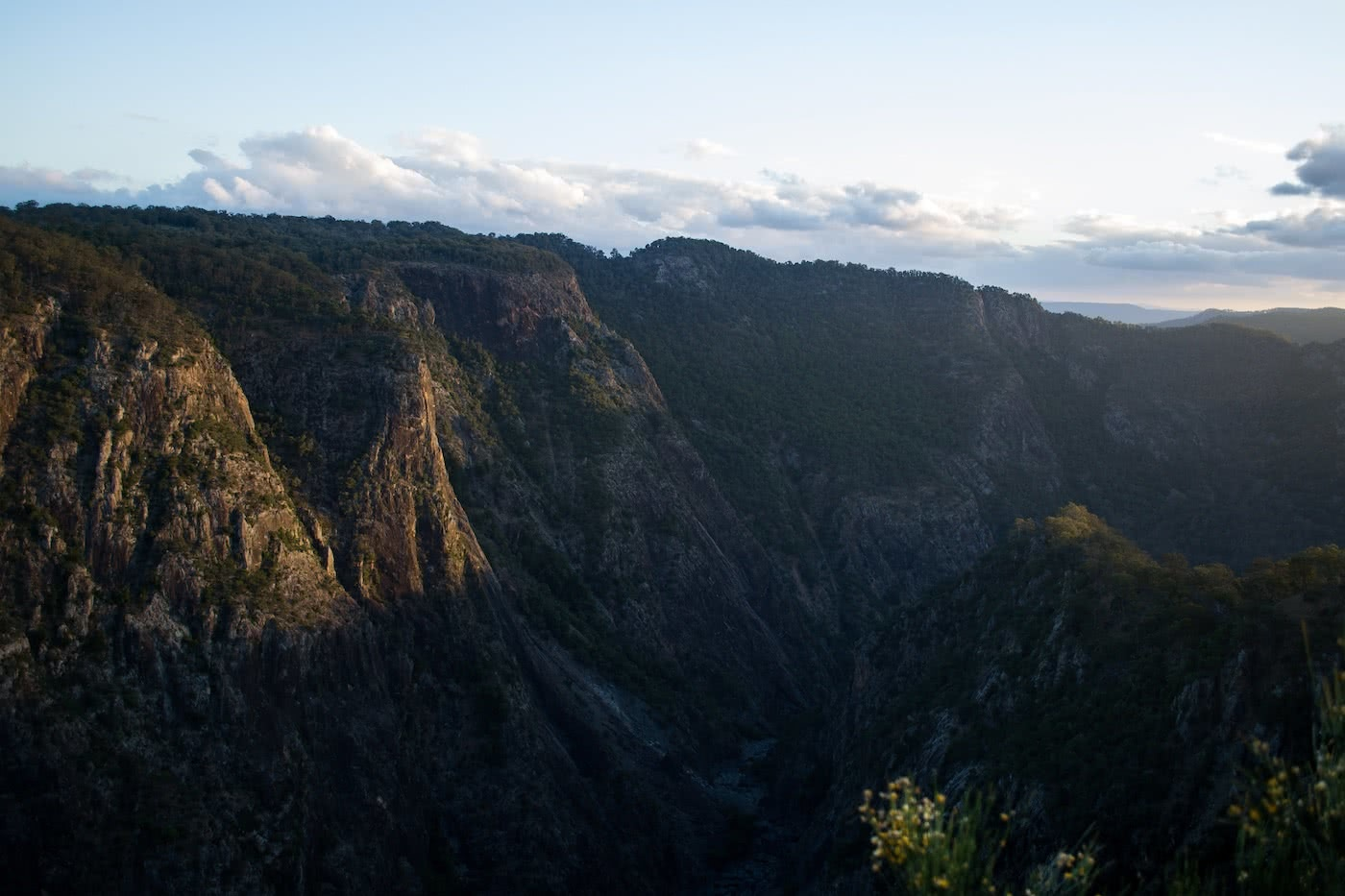 The Best of the New England Highlands (NSW) Dan Parkes cliffs, valley, view