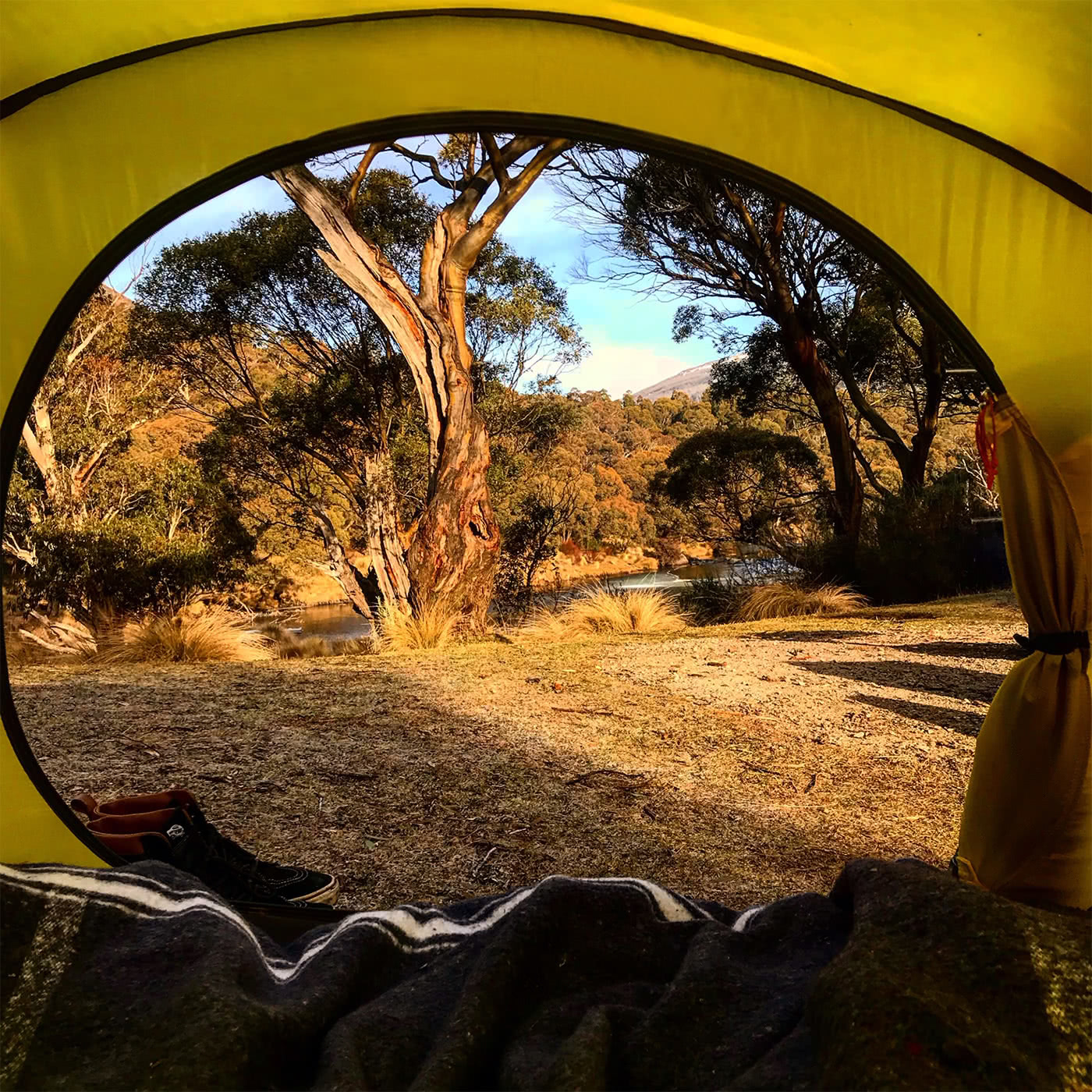 5 Reasons For An Overnight Adventure Mattie Gould sunrise, tent, river