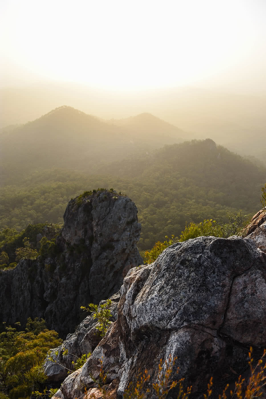 A Must Do - Flinders Peak (QLD) Sunrise, photo by Lisa Owen, mountain