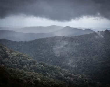 7 Tips For Wet Weather Hiking Lisa Owen, mountains, rainforest, rain clouds,