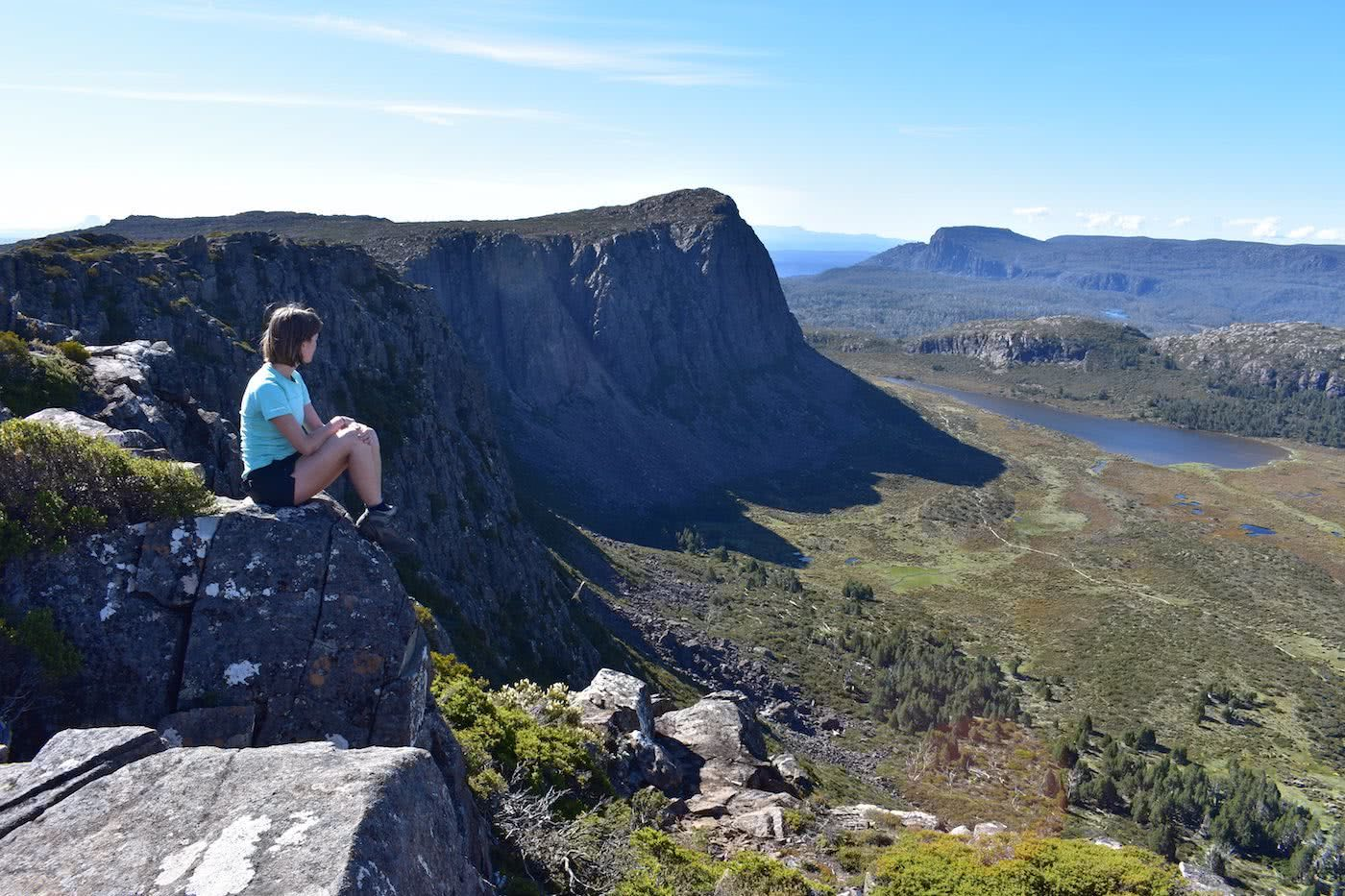 A Hiker's Playground // Walls of Jerusalem National Park (TAS) Emily Barlow Top of Solomons Throne