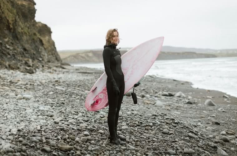 Cold water surfers, sophie hellyer, surfboard, beach, interview