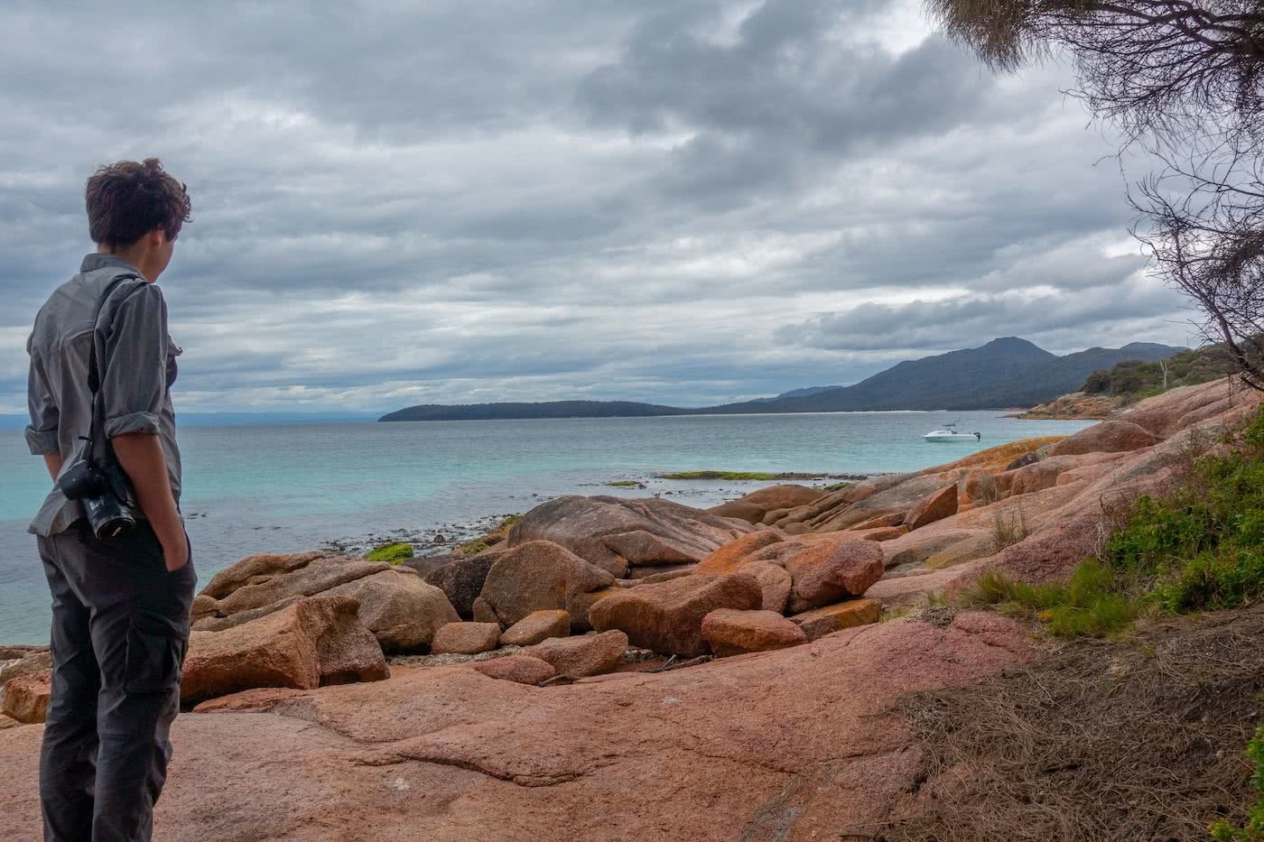 The Power Of A Fatal Shore :: Freycinet Peninsula (TAS) Craig Peace hiking, the hazards
