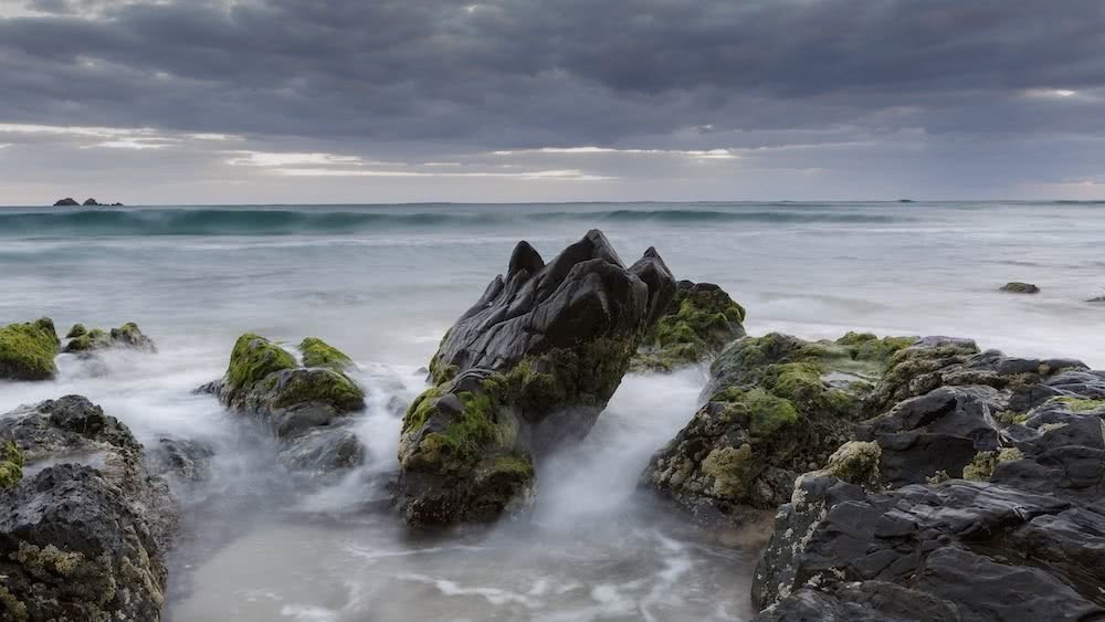 Stunning Coastal Photography From Our Canon Collective Workshops, photo by Chris Sinclair, rock platform, clouds, byron bay