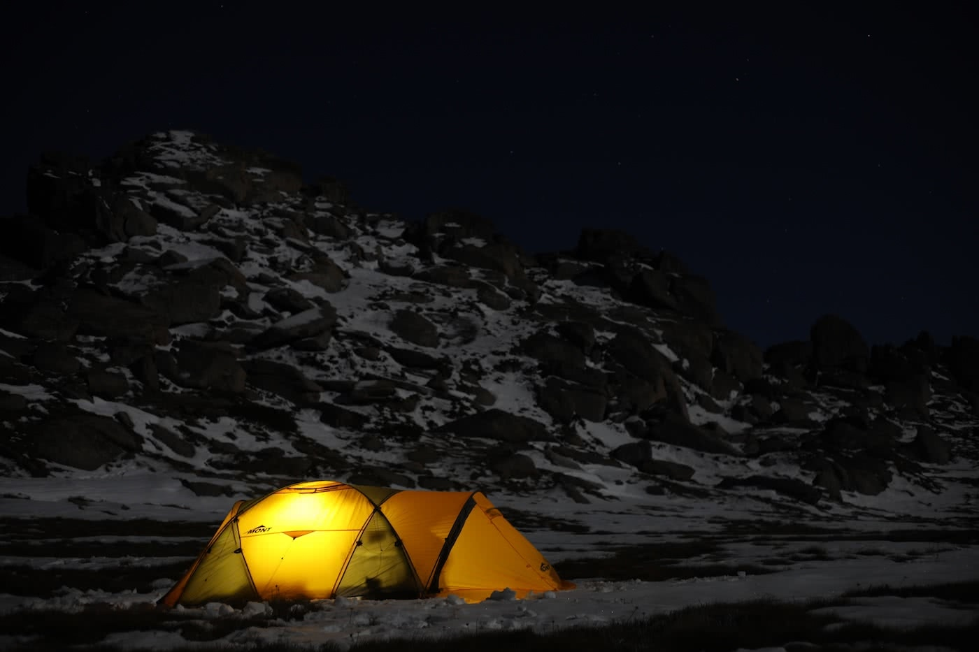 Explorers guide to hiking with a camera, photo by Mattie Gould snow camping, mont epoch tent, astrophotography