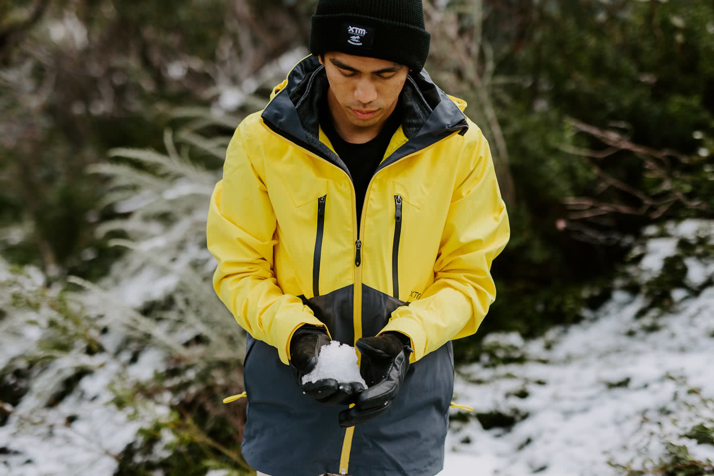 First-Time Alpine Hiking On Mt Buffalo (VIC) by Cedric and Melody Tang, XTM Performance jacket, snowball