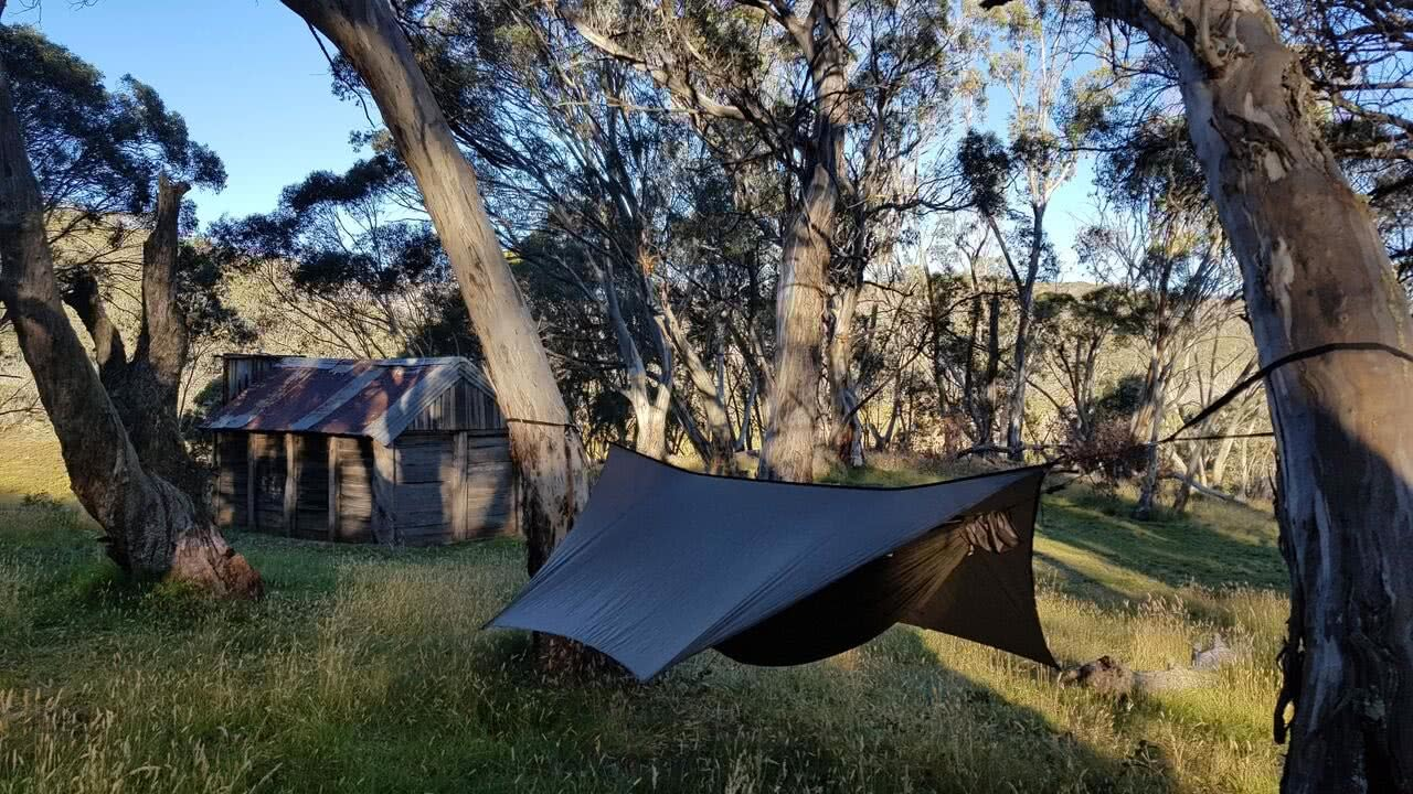 Australian Adventure Makers // Ultralight Gear Edition, by Mattie Gould, photo by Terra Roams, Tier Gear goshawk ultralight hammock by cascades hut